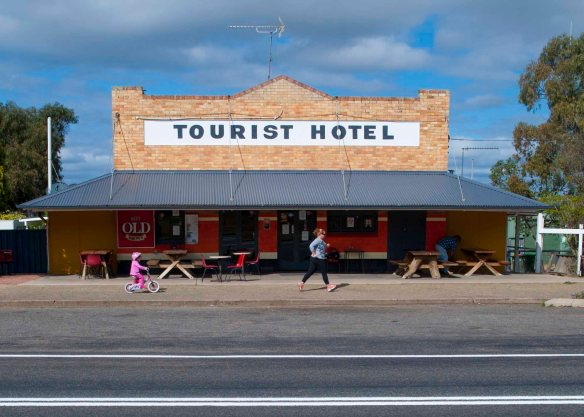 Tourist Hotel 2