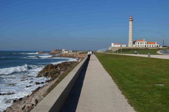 Walk to lighthouse