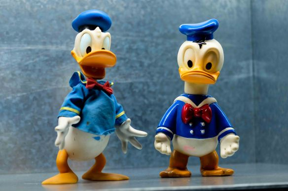 Donald Duck & friend