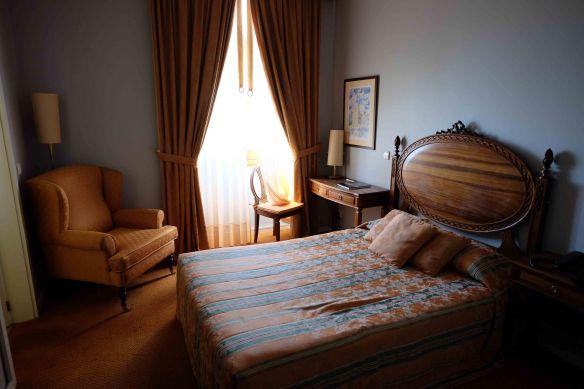 int room Elvador
