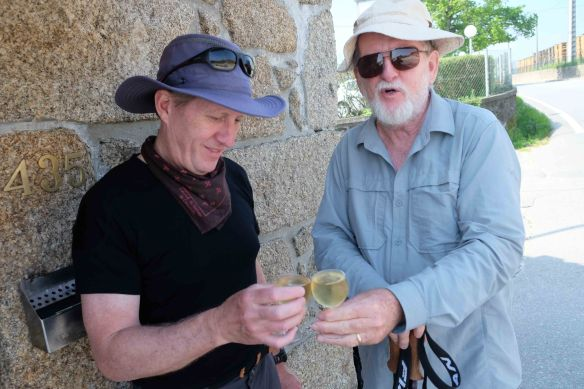 Peter and Ken with drinks