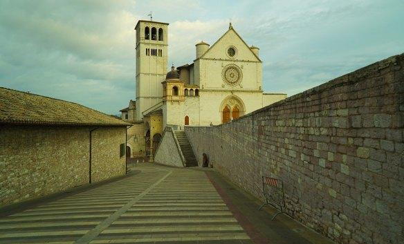 Assisi Basilica - @gonetours.com