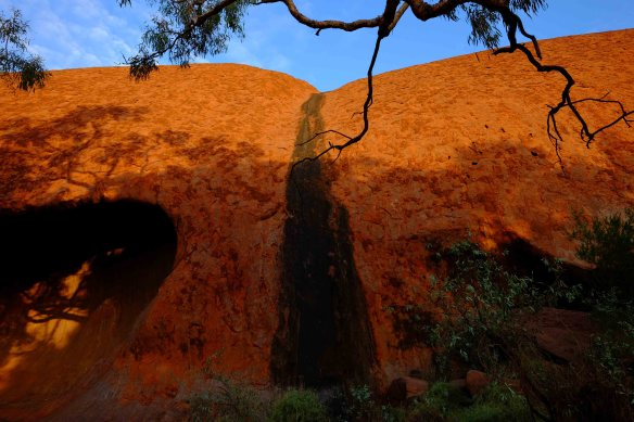 Uluru - black watercourse