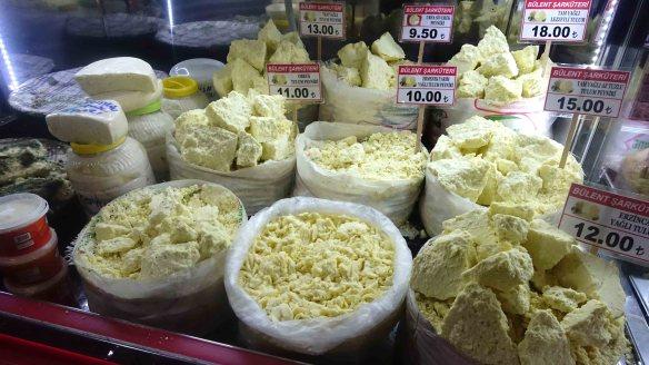 Cheeses closer