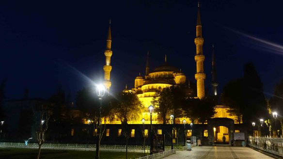 The Blue Mosque before dawn