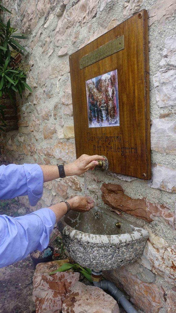 Wasing hands