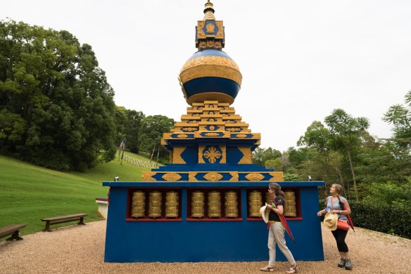 Crystal Castle stupa-1