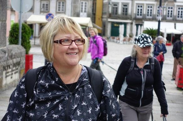 Laurie on Ponte de Lima bridge-1