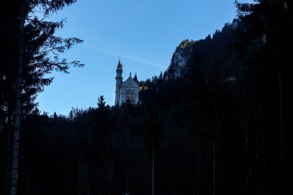 castle-in-silhouette