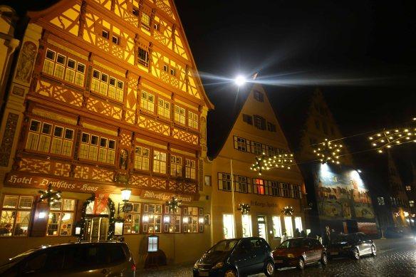 dinkelsbuhl-at-night