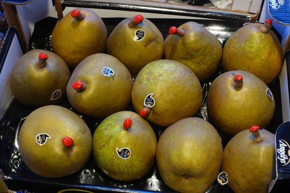 pears-nipples