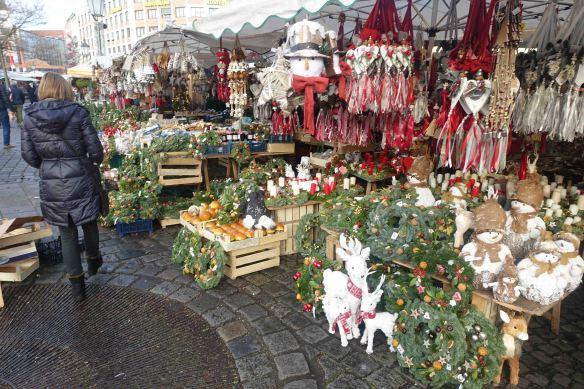 sue-in-vik-market